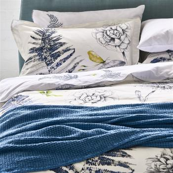 ALBA WEDGWOOD COTTON THROW